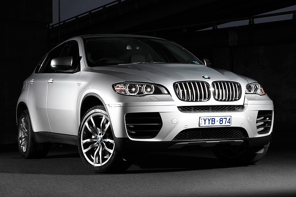2012_BMW_X6M50D-002_1024-600x400