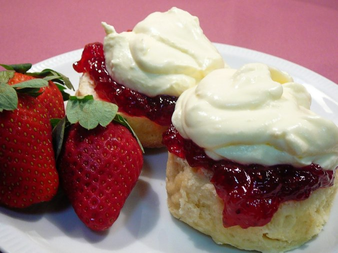 scones-and-strawberry-jam