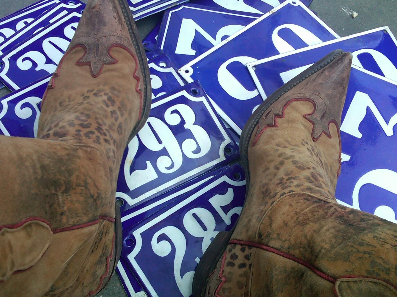 numb-n-boot